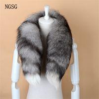 NGSG Fox reale della sciarpa della pelliccia delle donne degli uomini a strisce caldo di inverno 80-90CM della coda lunga della sciarpa di modo di lusso del collare Sciarpe Wraps femminile W001 C18110101