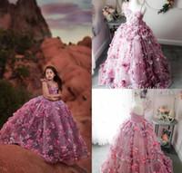 2020 Sevimli Balo Kızlar Pageant Elbiseler Spagetti Tüy Dantel 3D Çiçek Aplike Çiçek Kız Elbise Kat Uzunluk Kızlar Çocuklar Örgün Önlükler