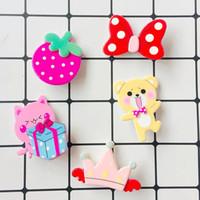 Kinder Niedlichen Cartoon Haarschmuck erdbeere Schmetterling Bär krone Kinder Haarspange Candy Farbe Mädchen Prinzessin Haarklemme Y1935