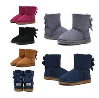 2020 الأزياء والأحذية wgg الأسترالي الأطفال الكلاسيكية الأحذية مصمم الثلوج للأطفال فتاة التمهيد الكاحل الصبي بيلي BOWKNOT الجوارب الفراء في فصل الشتاء 26-35