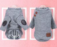 Marca ropa de perro botón de punto suéter suave cálido mascota chaquetas pequeñas perros ropa suministros mascotas gris blanco opcional DSL-YW1881