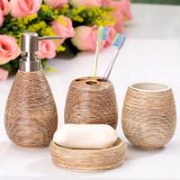 4pcs / Conjunto de cerâmicas Suit Bathroom Supplies Fontes de limpeza Banho sabonete Líquido Banho Acessórios Home Suite