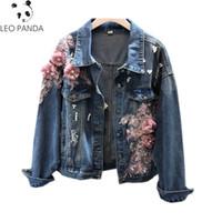 2019 neuer Herbst-Europa-Frauen Jeans Mantel Brand Designs Perlen 3D-Druck-Loch Weibliche nette Jeansjacke Qualitäts-Cowboy Jacke