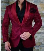 Nuovo arrivo One Button Borgogna Paisley scialle risvolto nozze smoking dello sposo uomini di partito Groomsmen Suits (Jacket + Pants + Tie) K31