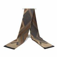 RUNMEIFA Frauen neuestes Art und Weise mit Kapuze Cape gestrickten Schal Winters Streifen Umhang dicker warmer Poncho klassischen Muster Cape Femme Favor