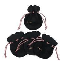 Nastro rosa nero sacchetti di velluto nero borse europei borse di stile perline charms e braccialetti collana gioielli moda pendente di moda sacchetti regalo sacchetti A0191