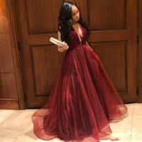 Elegante Borgonha A Linha Vestidos de Baile Profundo Decote Em V Beading Backless Tule Vestido Formal Tiered Saia Tulle Meninas Vestido de Festa BC1089