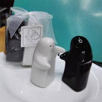 Condimento Olla Cerámica Negro Blanco Forma de abrazo Tarro de especias Favores de la boda Regalos Regalos Botella de sal Pimienta Venta directa de fábrica 3 8by p1