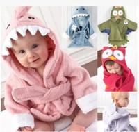 Dos desenhos animados com capuz fleece coral bebê crianças tubarão amice vestido turbante toalha de banho cobertor bebê cobertores de bebê recebendo cobertores roupão de banho