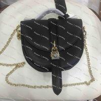 elementos de design clássico Horseshoe saco de PVC alfaiataria com calfskin cadeado Trim Trim alforje com caixa