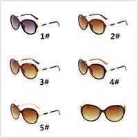 الرجال النساء أزياء 3017 النظارات الشمسية حماية الأفىء الجلد نظارات سيدة مصمم النظارات مع مربع البني جديد