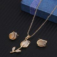 Mode bruiloft sieraden sets voor vrouwen Gouden vergulde ketting en oorbel set natuurlijke opaal kristal roos bijouterie aretes