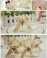 Романтический золото Белл Birdcage венчания коробки с искусственными цветами лилии Букет партия подарков Конфеты Фавор Держатели Коробки поставок