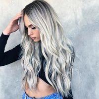 Sbiancamento tintura i capelli lunghi ricci Cosplay anime grigio sfumato nuova parrucca della fibra femminile del merletto