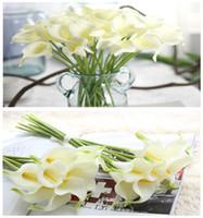 33 cm de longitud Calla Lily Flores Artificiales Ramo de Boda Real Touch Pu Calla Lilies Falsas Ramas de Decoración Del Hogar 01