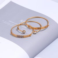 2019 Новый стиль моды D браслет металлические буквы ручной цепочки, для женской коллекции роскошный дизайн предметы украшенные аксессуары для вечеринок подарок
