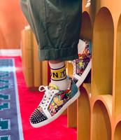 20S Graffiti Lackleder Sneakers Super-Loubi Druck Männer Spikes Roten Sohle Schuhe Nieten rote Sohle Outdoor-Trainer Lieblingssport