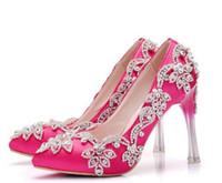 Scarpe stupefacente di cristallo di colore rosa caldo del partito da sposa in raso tacchi alti 10,5 centimetri sera Trasporto libero per la promenade del partito del vestito strass in rilievo