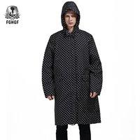 FGHGF Один размера Длинные Стиль Взрослые Дождевик Мужчина Пончо Black Dot водонепроницаемого плащ дождевик Женские плащи куртка Открытый