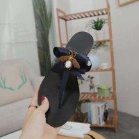 Europ diapositivas de lujo de moda de verano Amplia estilo de cuero plano resbaladizo sandalias del deslizador de la decoración de abeja mujeres sandalias del deslizador de perla