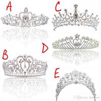 Bridal Crown di lusso a buon mercato ma di alta qualità Scintillio dei cristalli di ribalta dei cristalli roayal corone di nozze del velo di cristallo Accessori dei capelli del fascia del velo del partito Tiaras