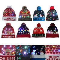 LED de Noël Bonnet laid arbre Pull Noël Bonnet Light Up Bonnet en maille pour les enfants Fête des adultes