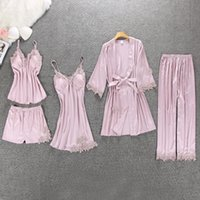 QWEEK 섹시한 여성 잠옷 5 조각 가슴 패드 CX200606와 새틴 잠옷 Pijama 실크 홈 착용 자수 수면 라운지 파자마를 설정합니다