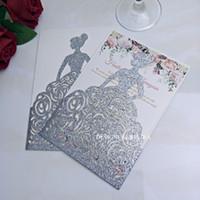 Plata azul champagne oro rojo brillo impresión láser corte invitaciones de boda con envolvente espolvorear niñas princesa quinceañera invitaciones