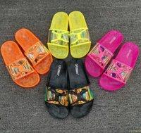 Kadınlar Terlik Şeffaf Yeni Jelly Ayakkabı Yaz Yumuşak Kadın Bow Slaytlar Düz Kapak Kadın Plaj Bayanlar Açık Hava Floplar