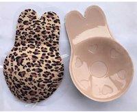 Dropshipping Silikon-Self-Adhesive Bra Leopard druckte Kaninchen-Ohr-trägerlos unsichtbarer Büstenhalter Push Up Blackless Unterwäsche-Brust-Aufkleber
