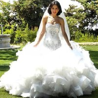 Luxury Elegant 2019 Tulle Crystal Beaded Wedding Dress sweetheart tiered lace up off the shoulder Bridal Ball Gown