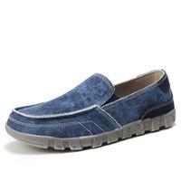 Uomini scarpe casual tela traspirante appartamenti Estate Uomo Casual Shoes scivolare su tela di jeans di moda maschile pigro calza il formato 39-48