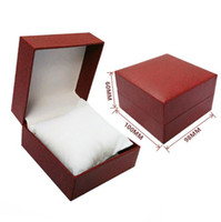 Wholesale PU imitation leather cover high-grade watch box bracelet box packaging jewelry gift box size 100*98*60mm