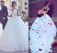 2020 الحبيب الرباط يزين فساتين الزفاف ألف خط الطابق طول مثير زائد حجم ثوب الكرة الزفاف