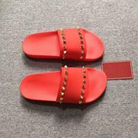 2019 neue Frauen Hausschuhe Metallknopf Niet Flache Sohle Sandalen Sommer Schuh Mode Hausschuhe Größe; 35-45