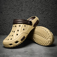 Männer Sandalen 2019 CROK Adulto Clogs Crocse Crocks Schuhe Eva Sandalias Sommer Strand Schuhe Hausschuhe Cholas Hombre BayAband Croc