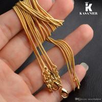 Art und Weise 10pcs Großhandelsfrauen 2mm Goldfarbe Frauen modische Schlange-Ketten-Halskette für Anhänger 16-30inch Mode Pullover Kette KASANIER