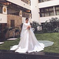 2019 Simple Agraciado Blanco Satén Musulmán Vestidos de novia O Cuello Manga Full Fulled Country Boda Vestidos de la boda Iglesia Vestidos nupciales con velo