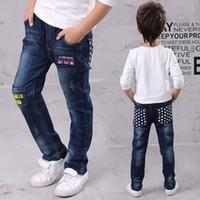 Neue Herbst Kinder Jeans für Baby Jungen Denim Hosen Brief Designer Stern Muster Kinder Junge Jean Kinder Elastische Taille Hose