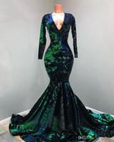 Prickelnde Mermaid Abendkleider 2020 Long Sleeve V-Ausschnitt Pailletten grüne und schwarze afrikanische schwarze Mädchen-formale Abschlussball-Kleider Roben de soirée
