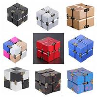 Бесконечные Magic Cube Флип ADHD декомпрессионной Куб Игрушки Детский мини-антистресс Игрушки Управление Флип Cubic Puzzle Alloy Куб Магия 15 цветов ZYQ70