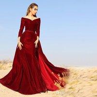 Aus Schulter-Nixe-Abend-Kleider 2020 Herbst V-Ausschnitt, langen Ärmeln Velvet Dark Red Plus Size Saudi-arabische Abschlussball-Kleid Dubai Roben de Soiree