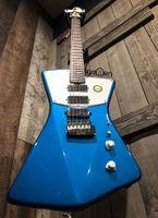 Sterling personalizado por hombre de la música STV60 ST. Firma Vicente Vicente azul de la guitarra eléctrica de bisel superior, 3 Mini Humbucker, Puente trémolo