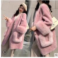 Yeni moda women 'kalınlaşma sıcak taklit kuzu kürk v yaka uzun SMLXLXXL casacos yamalı orta uzun gevşek ceket manşet sahte tilki kürkü sleeve
