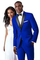 Yakışıklı Tek Düğme Groomsmen Tepe Yaka Damat Smokin Erkekler Düğün Takım Elbise / Balo / Akşam Yemeği En Iyi Adam Blazer (Ceket + Pantolon + Kravat + Yelek) 654