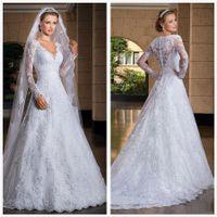 Elegante maniche lunghe in pizzo A Line Wedding Dresses Scollo a V Applique di Tulle Abiti da sposa con pulsanti vesti de mariée