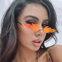 Fashion Fire Flame Солнцезащитные очки Женщины Мужчины Безрамные Солнцезащитные очки Роскошные Старинные Прямоугольные Superhero Солнцезащитные Очки Красочные Зеркальные оттенки UV400