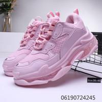 Hot !! 2020 Moda Paris 17FW Triple-S Sneakers Triple S Shoes pai casuais para homens Mulheres Bege Preto Ceahp Sports Tamanho Designer Shoe 36-45