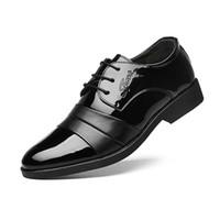 Oxford Shoes For Men Mocassini in pelle da uomo Business Dress Shoes New Designer Italian Men Wedding Shoes