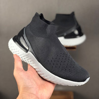 2019 جديد فاخر ملحمة رد فعل متماسكة تسلق جورب أحذية للرجال النساء إمرأة ماركة أزياء مصمم أحذية رياضية رياضية رياضية الثلاثي الأسود
